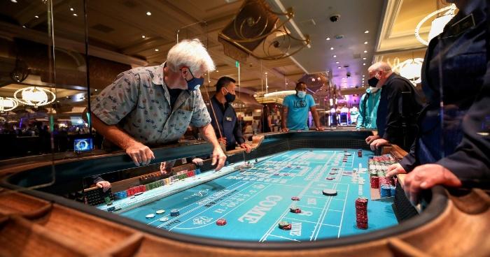 Trên thực tế những tên trùm mafia, tội phạm cộm cán thường lợi dụng sòng Casino để rửa tiền