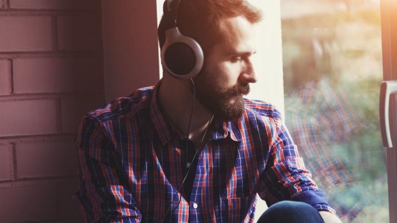 Lắng nghe bản nhạc yêu thích