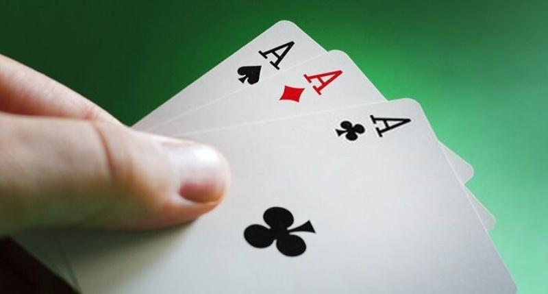 Bài cào là game bài quen thuộc với nhiều người chơi ở thị trường Việt Nam